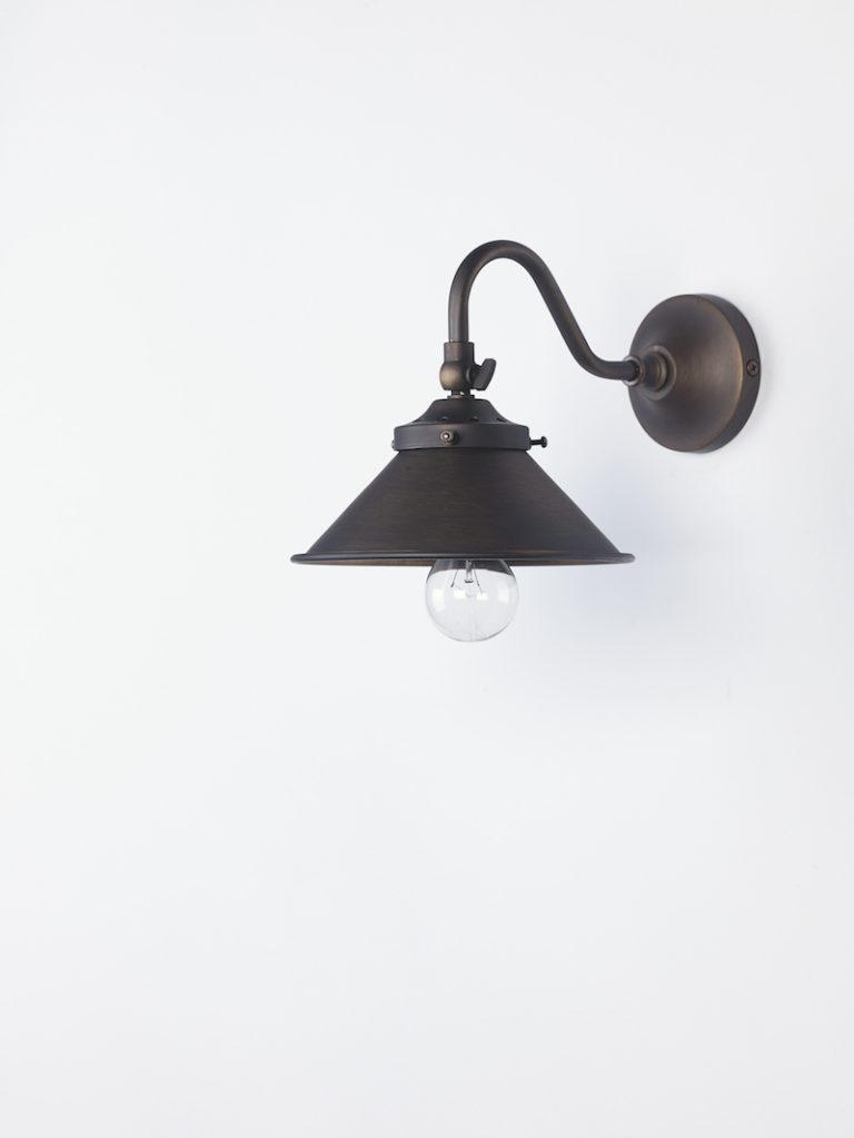 0099-15-A1-RO-DB - Blaker - Landelijke meubels en verlichting - Sarah Mo
