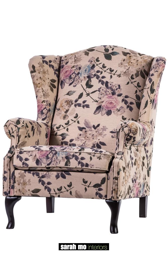 Armfauteuil in diverse bekledingen en pootkleuren mogelijk - Loveseat - Landelijke meubels en verlichting - Sarah Mo