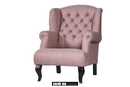 Armfauteuil in diverse bekledingen en pootkleuren mogelijk - Fauteuil - Landelijke meubels en verlichting - Sarah Mo