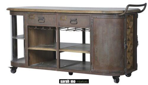 Keukeneiland old pine en zink op wielen - Dressoir - Landelijke meubels en verlichting - Sarah Mo