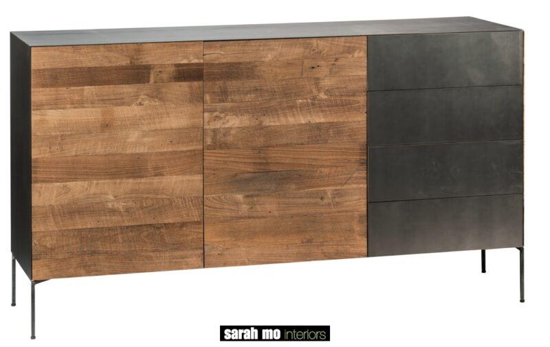 Metalen dressoir met 1 deur in metaal en 2 deuren in teak - Dressoir - Landelijke meubels en verlichting - Sarah Mo