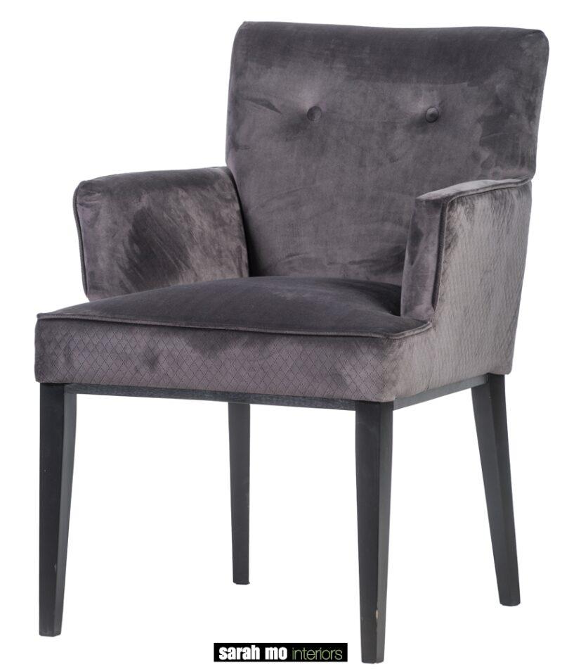 Armstoel met knopen - Stoel - Landelijke meubels en verlichting - Sarah Mo