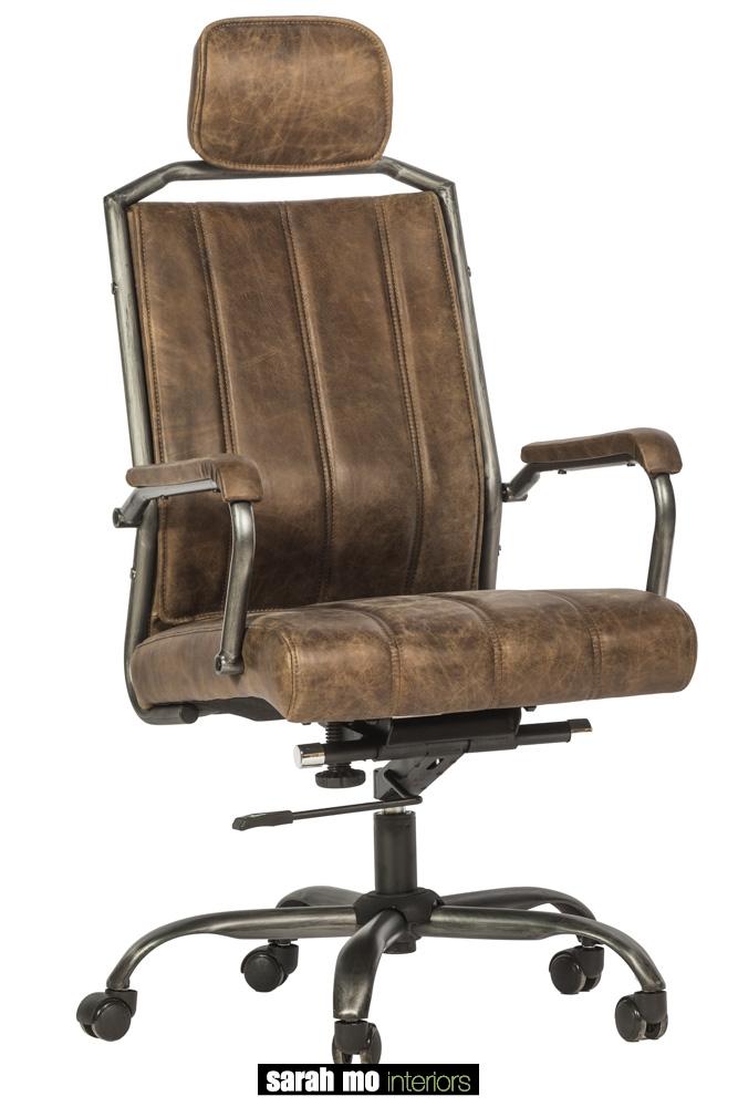 Bureaustoel in bruin leder met ijzeren onderstel - Bureaustoel - Landelijke meubels en verlichting - Sarah Mo