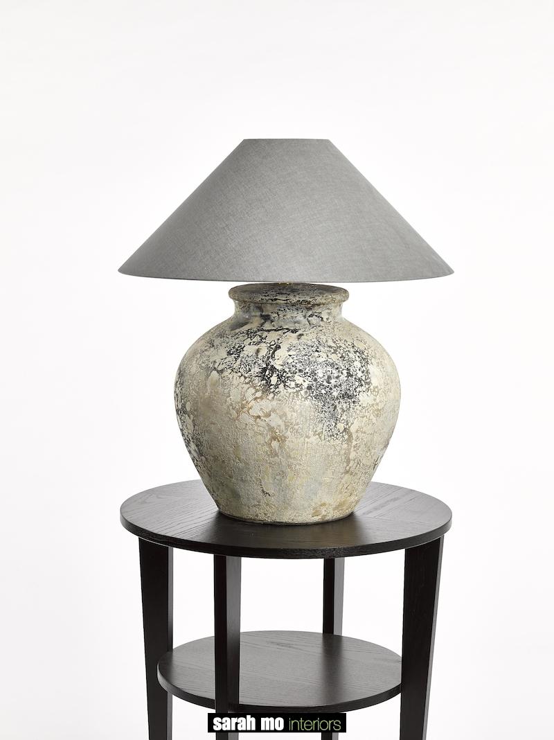 TONGA LARGE GREY - Tafel - Landelijke meubels en verlichting - Sarah Mo